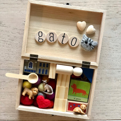 Spanish Pet Box