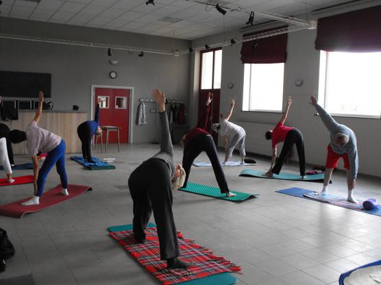 2010 Yoga 07.JPG