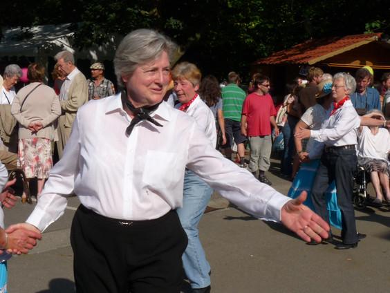 2012 Danses Folklo 01.JPG
