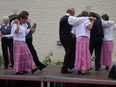 2010 Danses Folklo 002.JPG