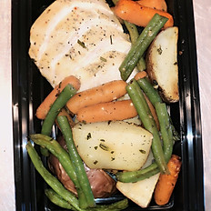 Garlic & Herb Chicken w/ Garlic Roasted Potatoes and Green Beans