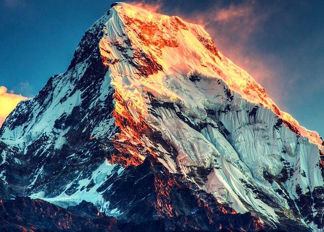 Mount-everest-growing.jpg