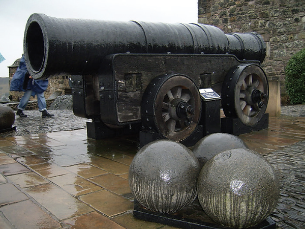 Cannon, Edinburgh Castle