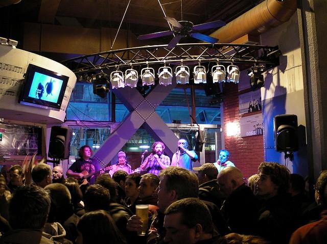 Live Lounge.jpg
