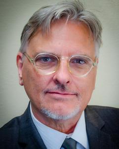 Julian G. Simmons (Glasses).jpg
