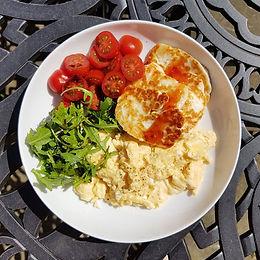 Scrambled Egg & Halloumi Breakfast