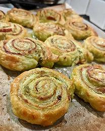 Pesto Pizza Swirls