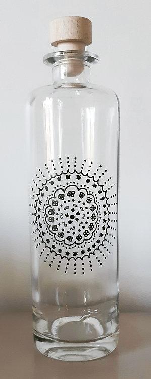 Bouteille motifs arabesque
