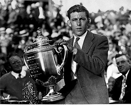 GREATEST GOLFERS - JOHNNY FARRELL - BIRTHDAY : 1 APRIL - TAGG 200