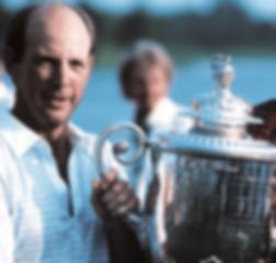 GREATEST GOLFERS - LARRY NELSON - BIRTHDAY : 10 SEPTEMBER - TAGG 200