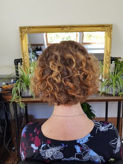 Curlyhaircut Natural HairDo Image 2021-0