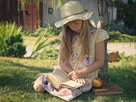 9 Summer Reading Tips to Prevent Summer Brain Drain with your Preschool Student