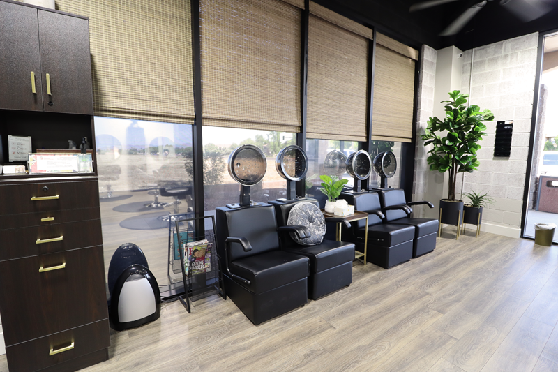 Salon James Avondale