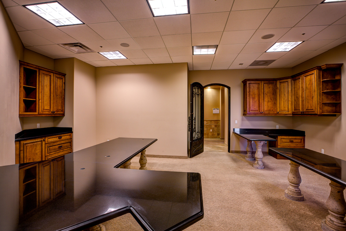 conference-room-b2_2x