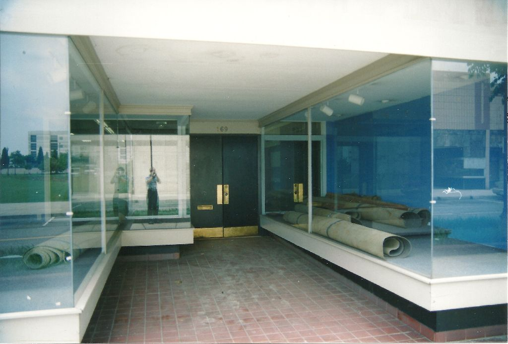 prior to 2004 original store front