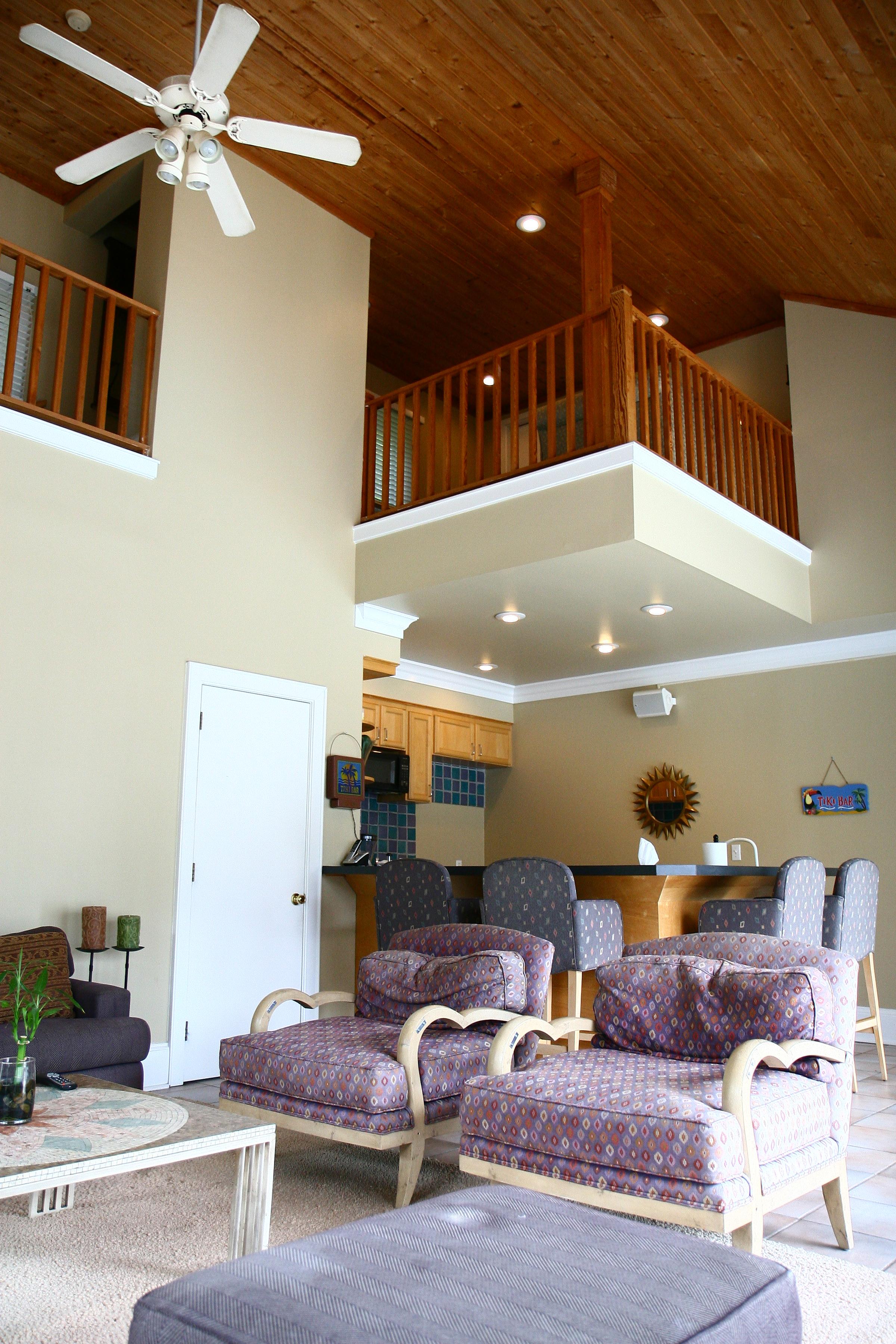 Guest loft above