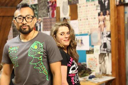 Jordan En Manon in hun Shirt