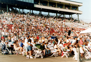 Audience at Arrowfest 1999