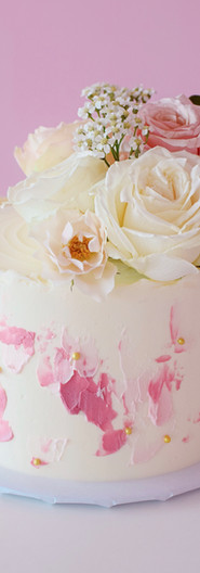 Textured Buttercream Cake with Fresh Florals