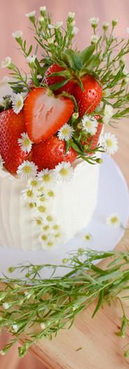 Summertime Wildflower Berry Cake