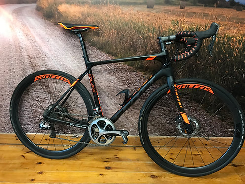 2016 Scott Solace Premium Disc Brake Road Bike Medium