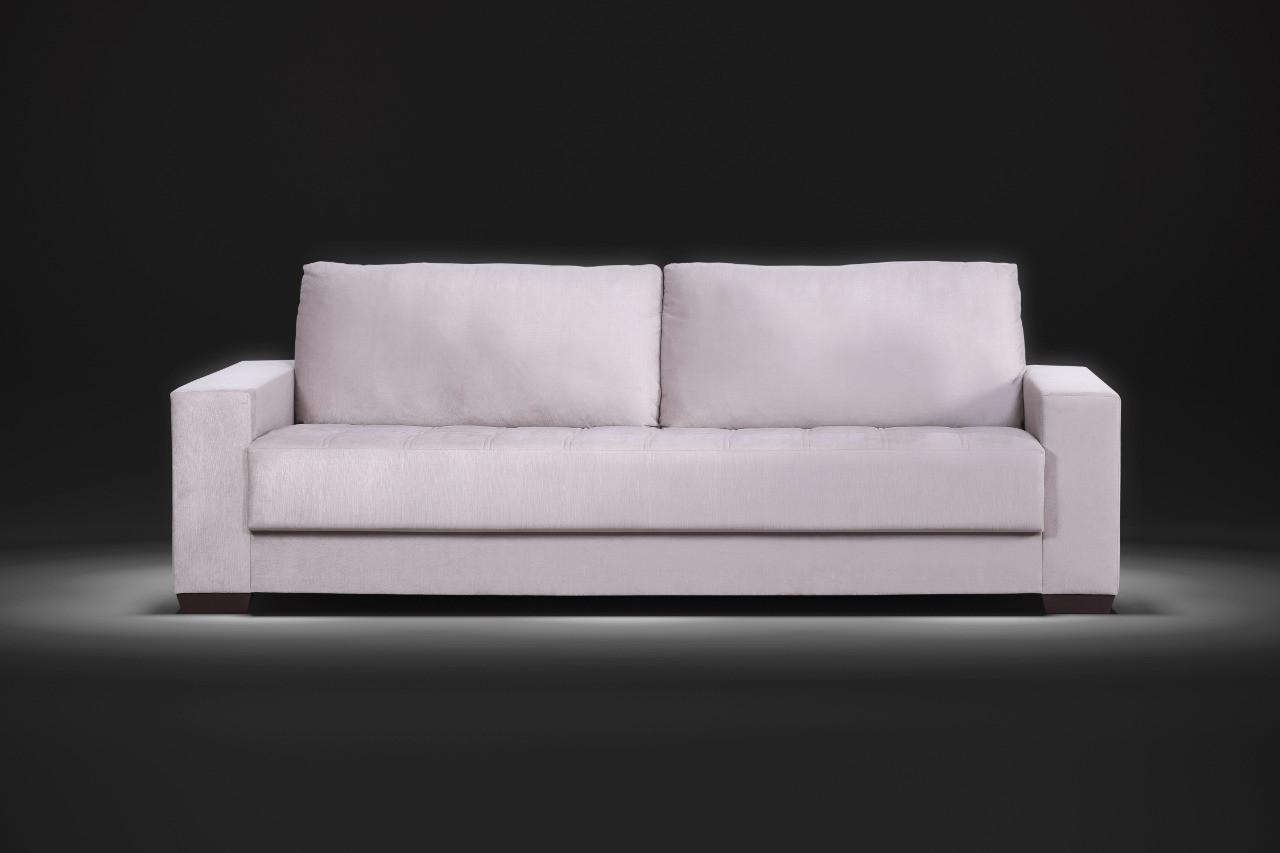 Sofá assento fixo Vittoria com percintas elásticas 2,40m tecido veludo O sofá Vittoria possui assentos fixos, um clássico que transforma o básico em atrativo, pés em madeira com um design contemporâneo que se encaixa perfeitamente em ambientes variados, proporcionando muito conforto.  Valor: 1520,00