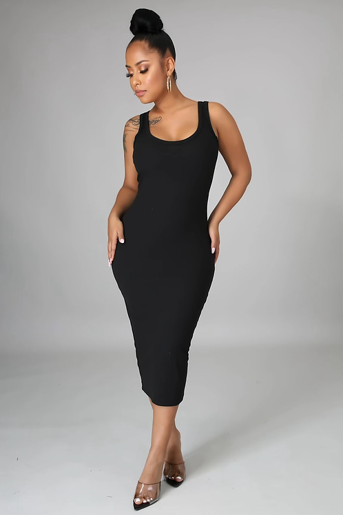 Essential Ribbed Midi Dress (Black)