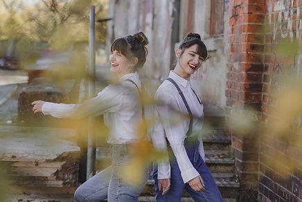 Sisters 47,1.jpg