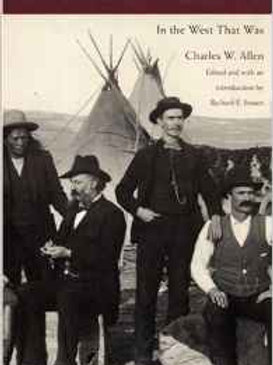 From Fort Laramie to Wounded Knee: In the West That Was Paperback – May 1, 2001