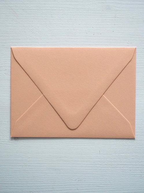 Kirjekuori Persikka