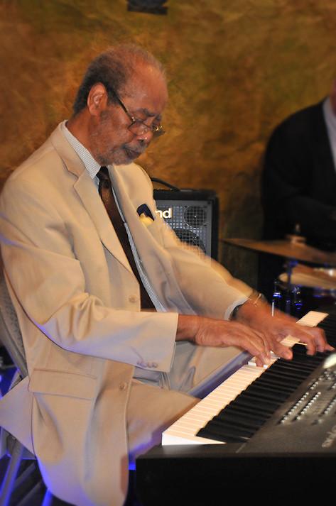 Roger Dickerson