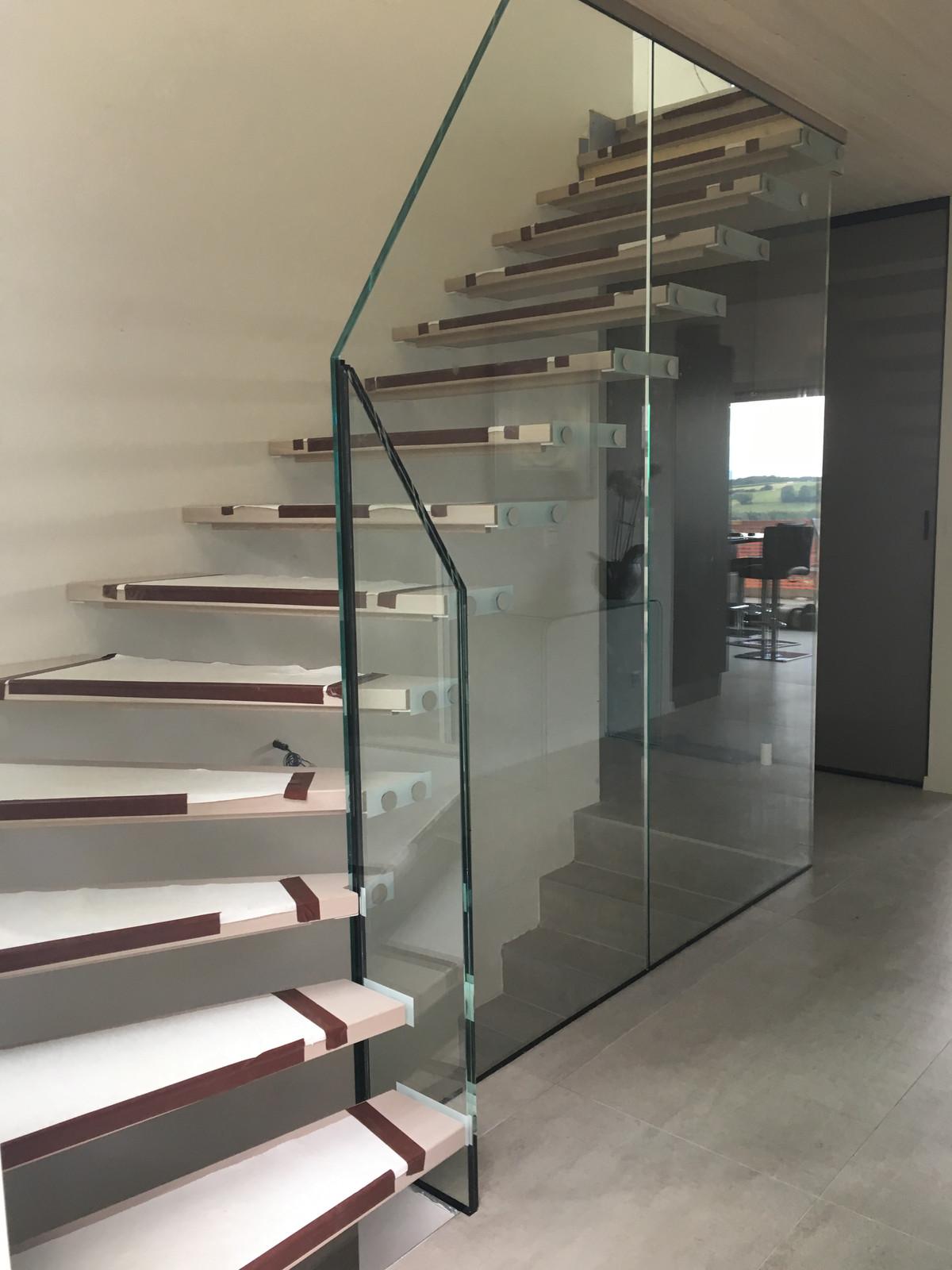 Escalier Dans Un Salon escalier en verre design - kumpalo.parkersydnorhistoric