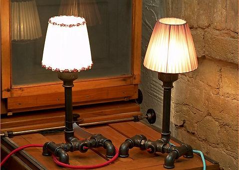Настольная лампа из вдопроводных труб, одна из первых работ нашей Масерской