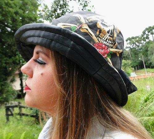 Chapéu de algodão com estampa de caveiras