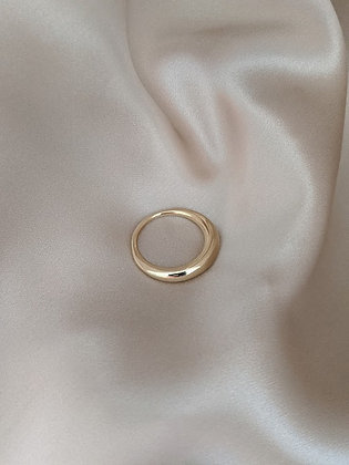 Crescent Ring in 14K Gold
