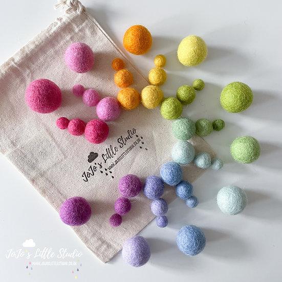 40 Pieces - Rainbow Felt Ball Set