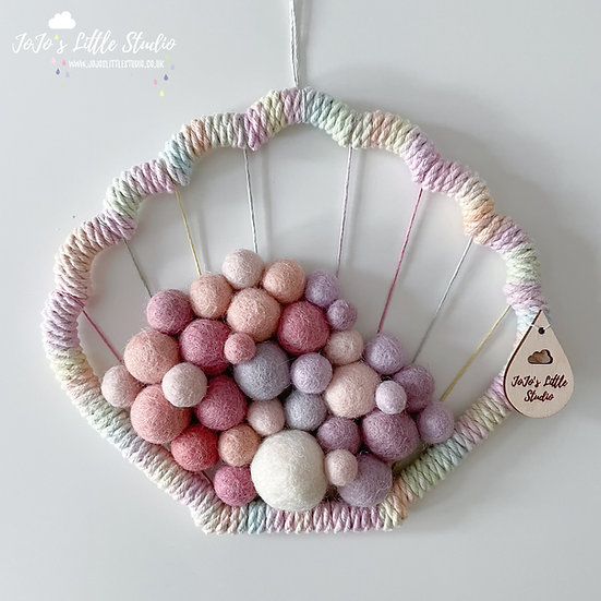 Clam Shell Wall Hanging - 18cm - Pink Lilac