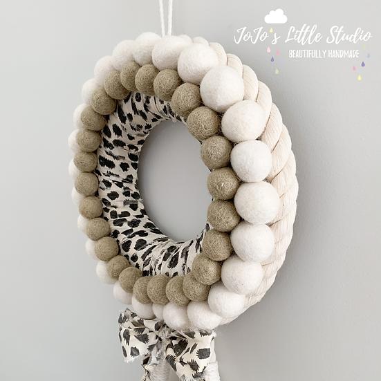 Snow Leopard & Olive 23cm Rope & Felt Ball Winter Wreath