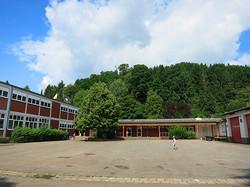 Schulhof in Dirmingen