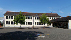Schulhof in Wiesbach