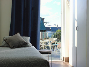 Private Single with Balcony Room 9