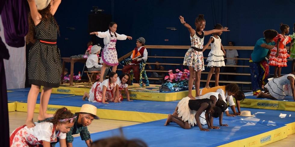 Spectacle des élèves du cirque de la compagnie des contraires