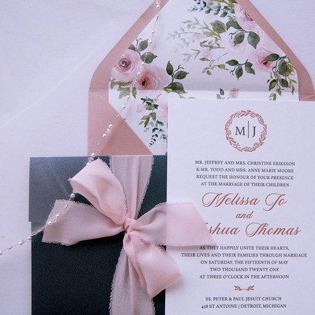 When to send out your Save the Dates and Wedding Invitations