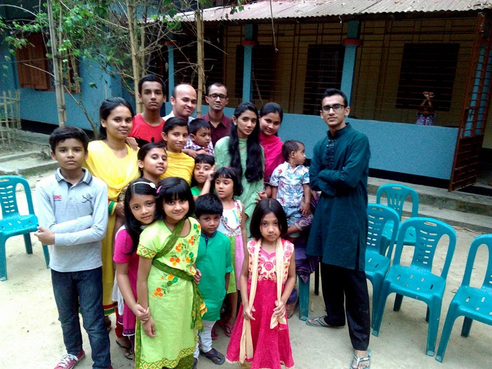 My nieces and nephews. Photo by someone using Rifat's phone.