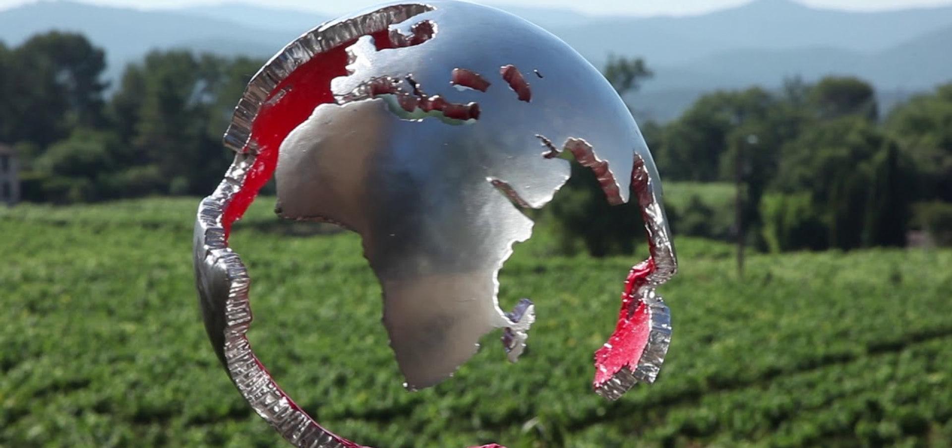 Globe Fauvet argent et sang