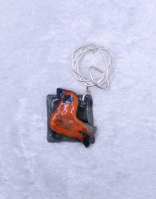 pendentif oiseau en cuivre émaillé et fil métal orange vert-artisanat français