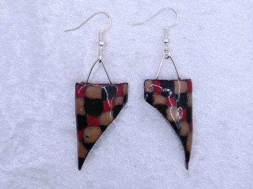 boucles d'oreilles triangle à petits carreaux-émaux-artisanat français
