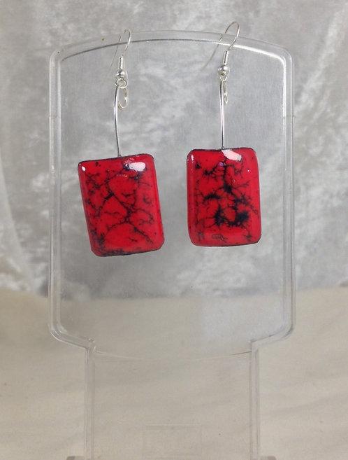 boucle d'oreille-crochet-rectangle-rouge-noir-artisanat français-émaux
