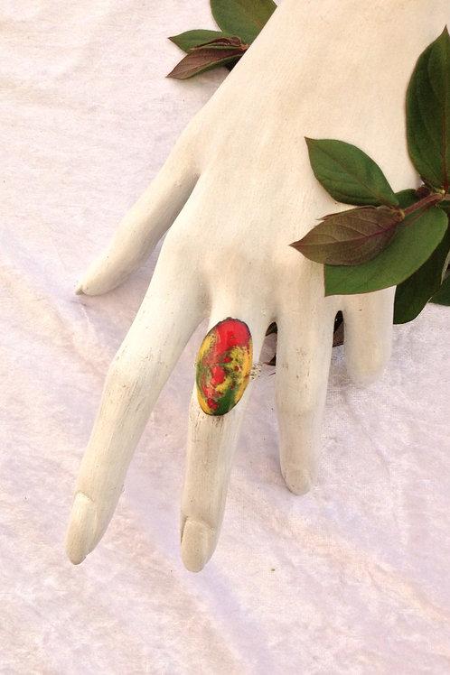 bague ajustable-ovale-vert-jaune-rouge-bijoux-artisanat-fabrication française-présentation