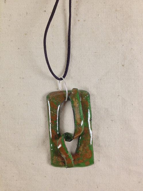 pendentif rectangle ajouré et ruban vert marron-émaux-artisanat français